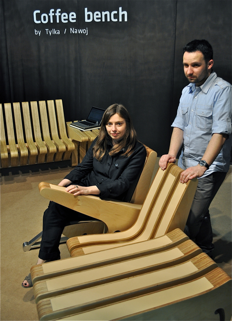 Studio Beyond z Poznania - Karolina Tylka i Szymon Nawój - i ich Coffee Bench. fot. Ewa Trzcionka