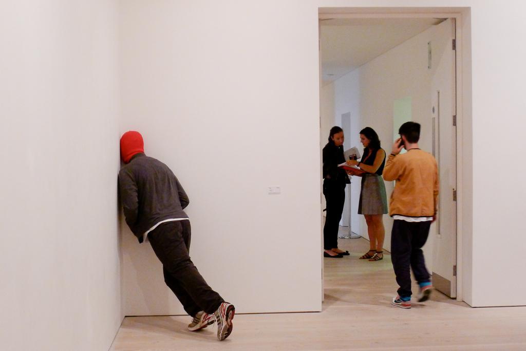 Niepokojąca instalacja Marka Jenkinsa. fot. Redakcja DA