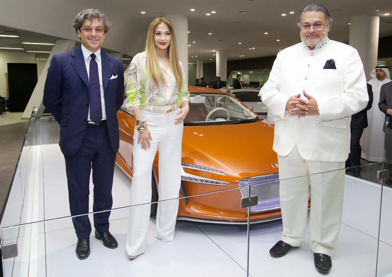 Na otwarciu salonu pojawiła się amerykańska piosenkarka Jennifer Lopez. fot. Materiały prasowe