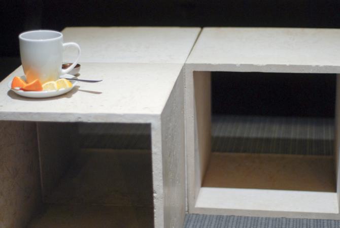 Poligon: Stół (chyba) niezniszczalny