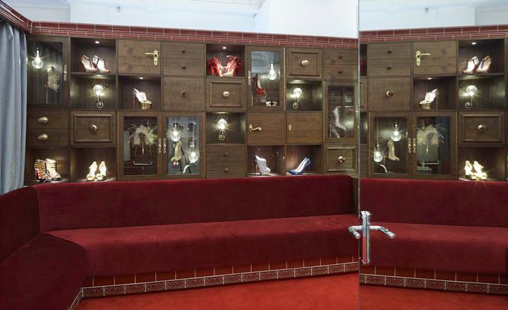 Christian Louboutin to znany francuski twórca obuwia oraz toreb. fot. Materiały prasowe