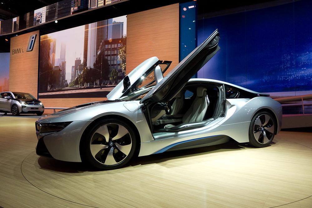 BMW i8. fot. Wojciech Trzcionka