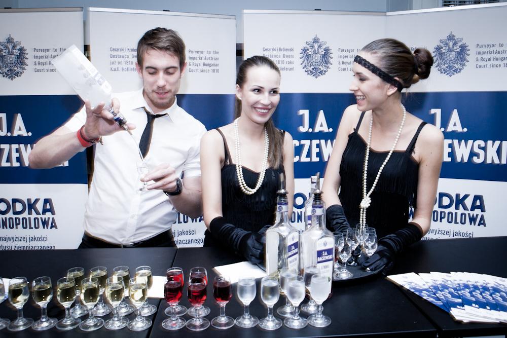 O dobre humory gości dbała ekipa z J.A. Baczewski - Wódka Monopolowa. fot. Jan Lutyk