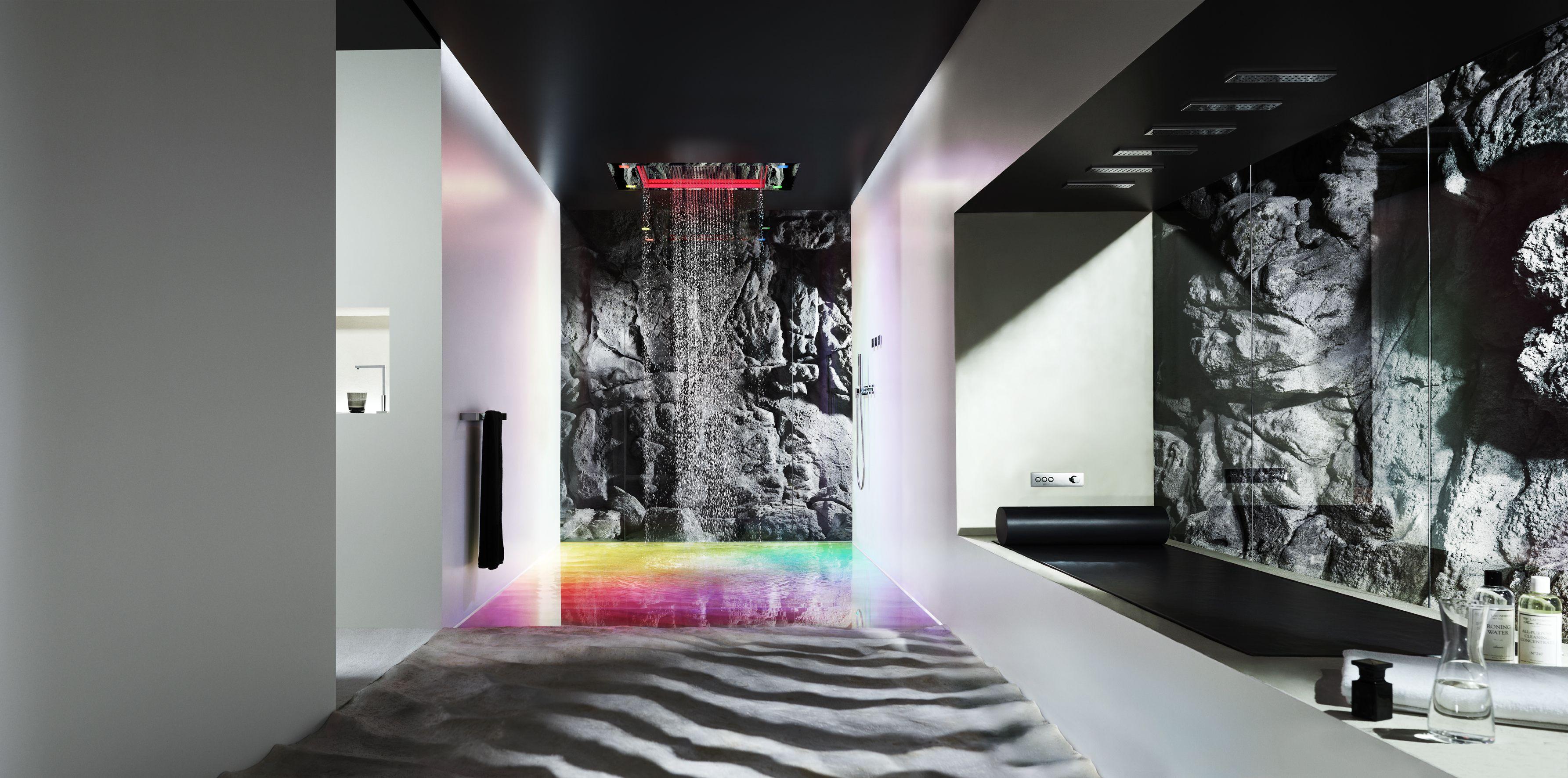 Sieger Design odpowiada także za wzornictwo najnowszych produktów firmy Dornbracht, takich jak np. prysznic Sensory Sky.  fot. Materiały prasowe