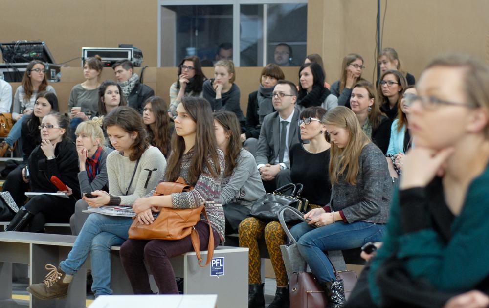 Publiczność Areny Design podczas spotkania z Chriastianem Siegerem.