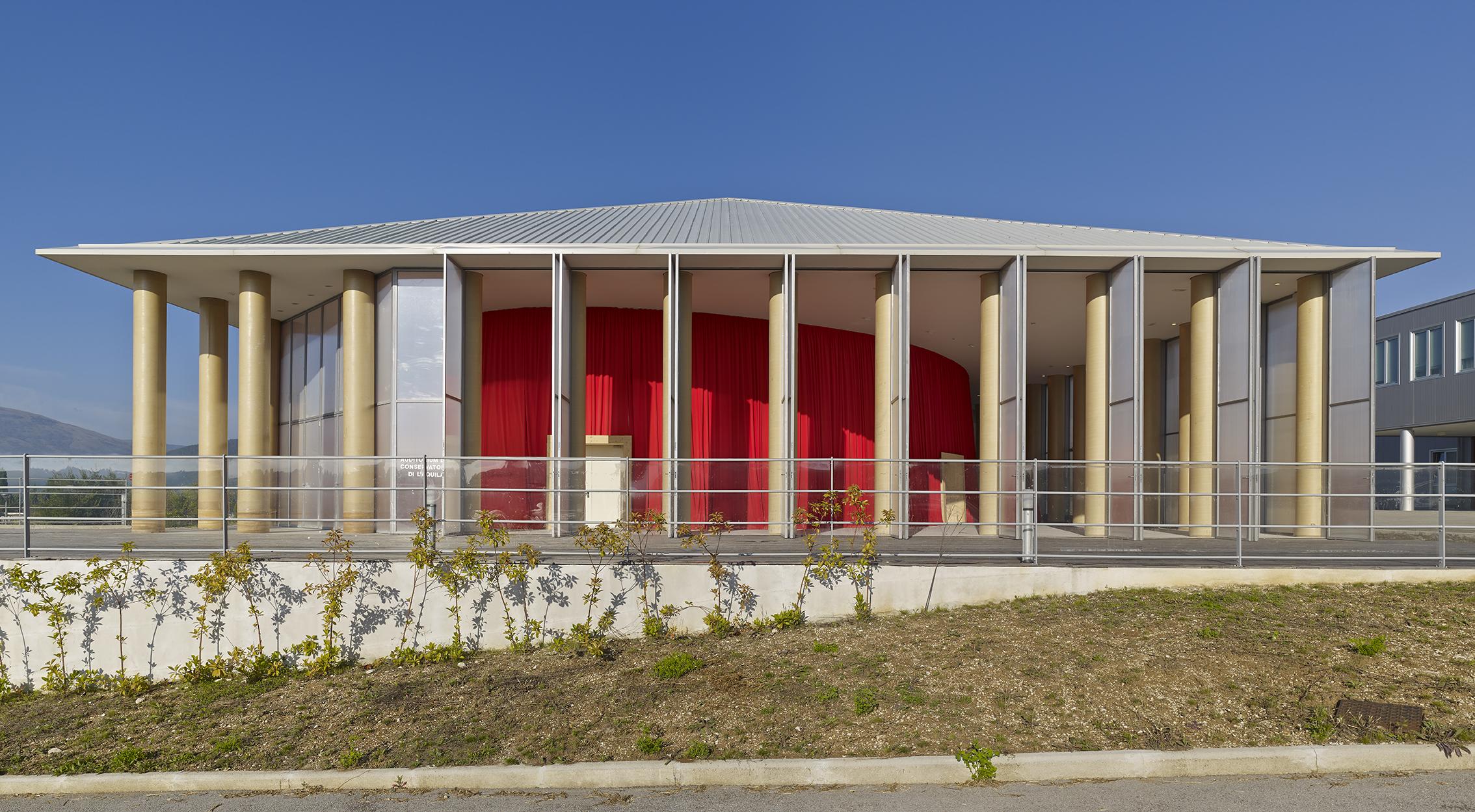 Paper Concert Hall, 2011, L'Aquila, Italy. fot. Didier Boy de la Tour