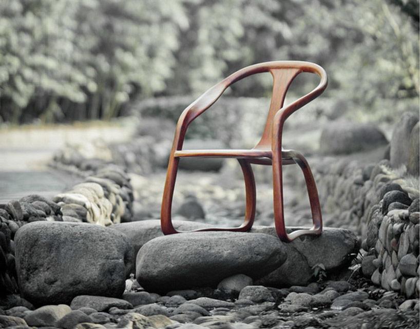 Kaligraficzne krzesło
