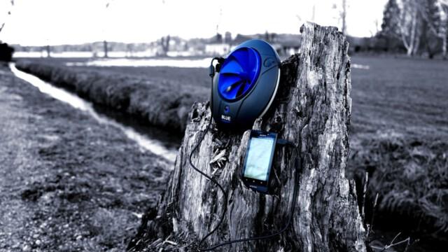 Minielektrownia wodna do ładowania telefonów [wideo]