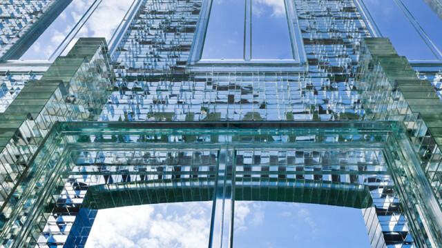 Kryształowy pałac Chanela