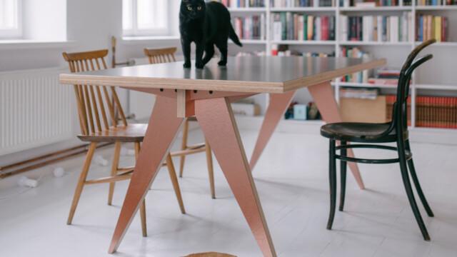 Stół szyty na miarę