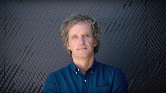 Telewizor portalem do świata sztuki: Yves Behar opowiada o The Frame