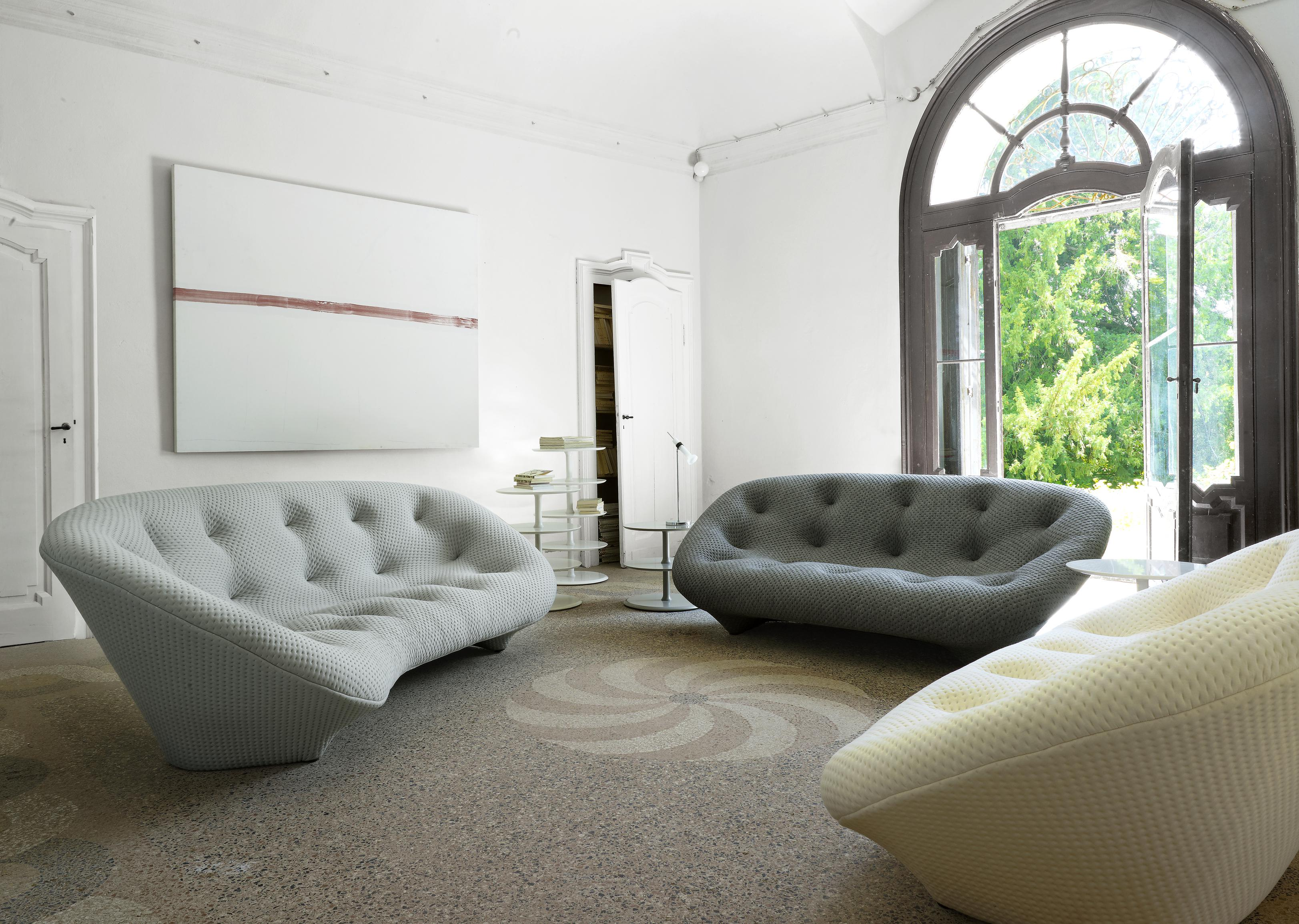 Kolekcja Ploum zaprojektowana dla Ligne Roset przez braci Ronan i Erwan Bouroullec.