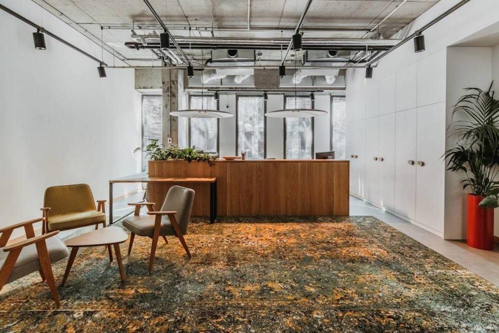 Biuro-intive-Wroclaw-projektu-pracowni-MIXD-design_alive_2