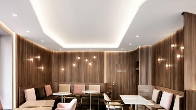 Piękny mid-century modern w kawiarni