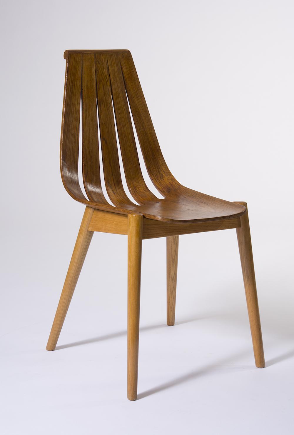 3. Wincze, krzeslo z gietej sklejki, ok. 1960, fot. Stanislaw Sielicki