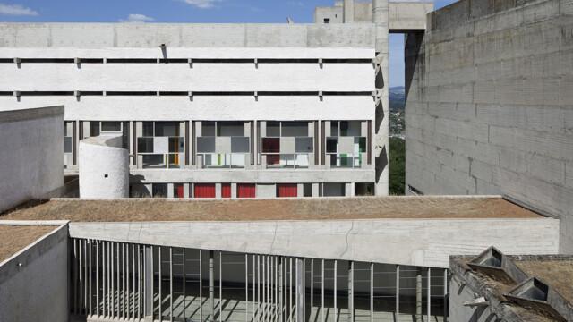 Klasztor Sainte-Marie de la Tourette. Ostatni i najważniejszy budynek Le Corbusiera