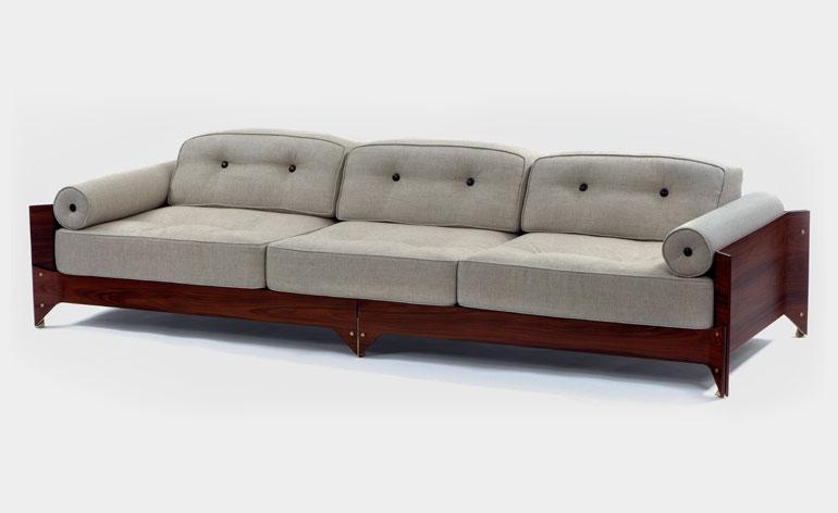 Brasiliana sofa – zaprojektowana w późnych latach 50. XX wieku.