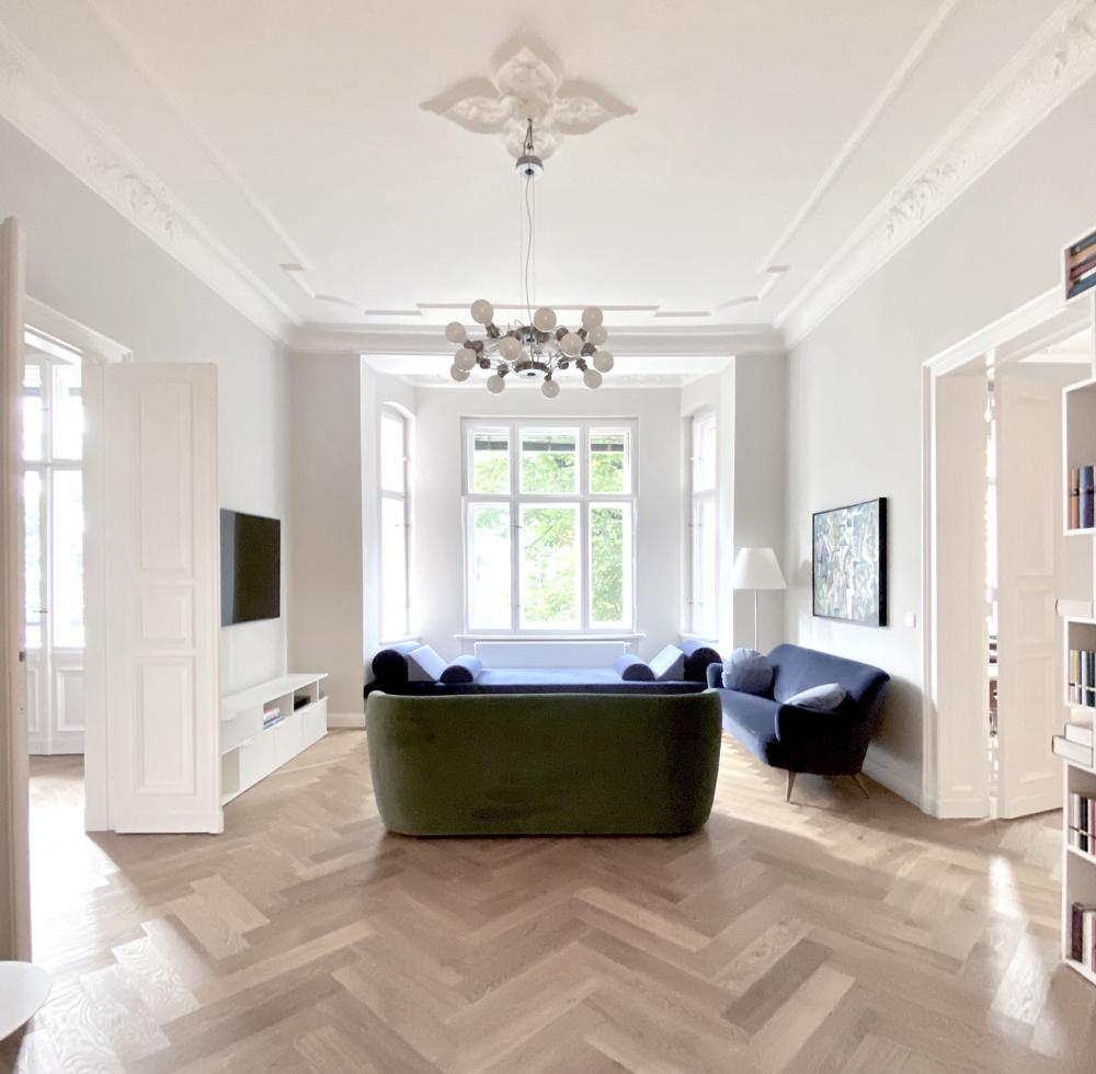 Odzyskany blask. Zobaczcie jak polska projektantka odnowiła XIX-wieczne mieszkanie w Berlinie