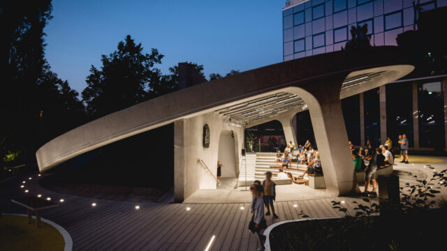 Amfiteatr Brain Embassy. Nowy dom dla sztuki