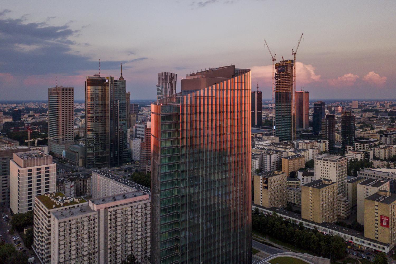 Mennica Legacy Tower__european_property_awards_designalive
