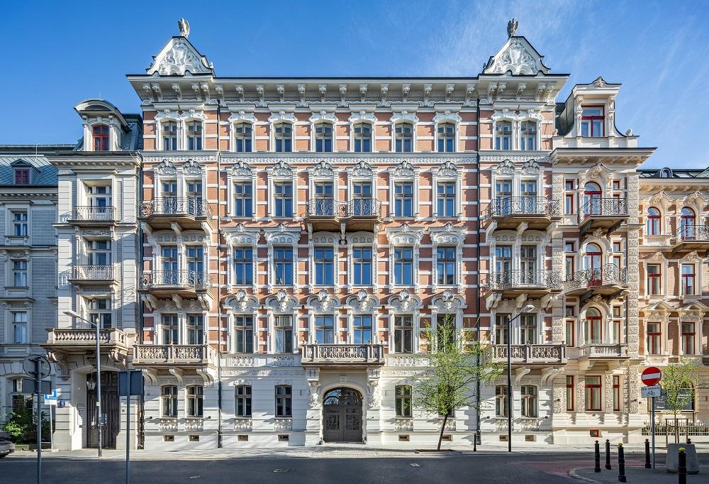 foksal_european_property_awards_designalive