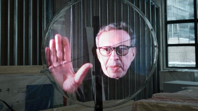 Tom Dixon podróżuje po świecie jako… hologram