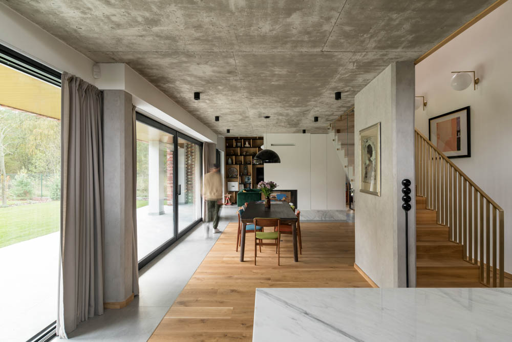 beton architektoniczny na suficie