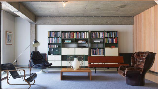 Loft Studia Job po brzegi wypełniony ikonami XX-wiecznego designu