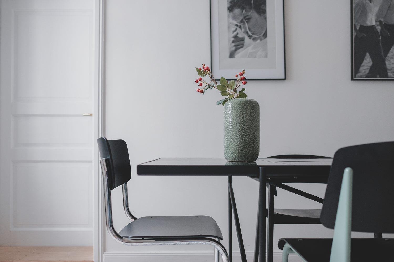 wnętrza minimalistycznego apartamentu
